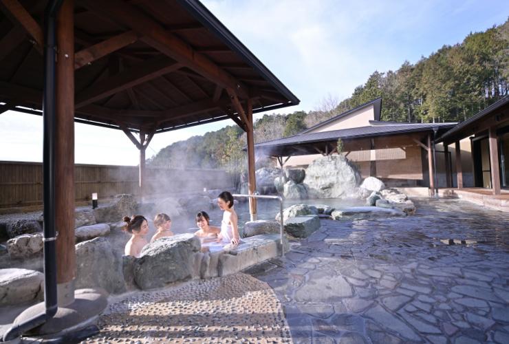 四季の湯画像